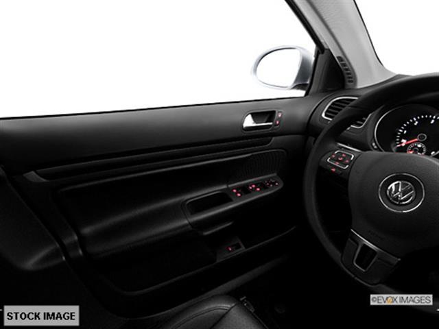 2013 Volkswagen Jetta 4 Door SR5 V6 Reg Bed