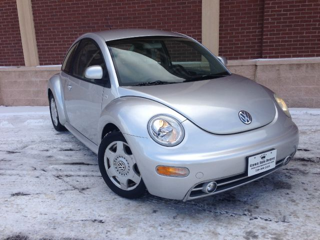 1999 Volkswagen New Beetle Quad Cab 4x2 Shortbox XLT