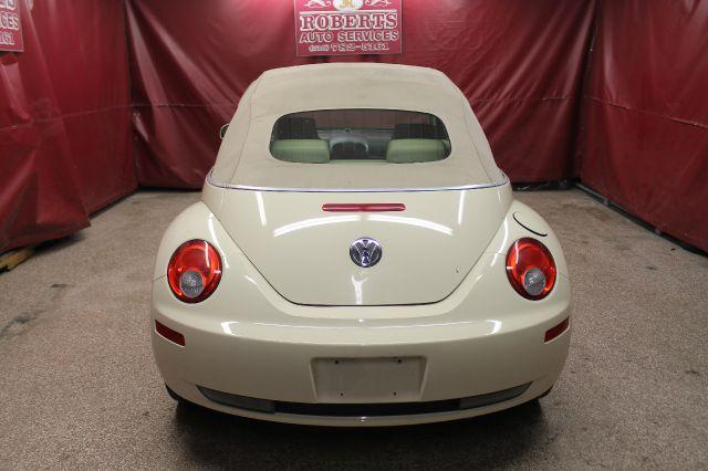 2006 Volkswagen New Beetle 2500 HD SLE Duramax