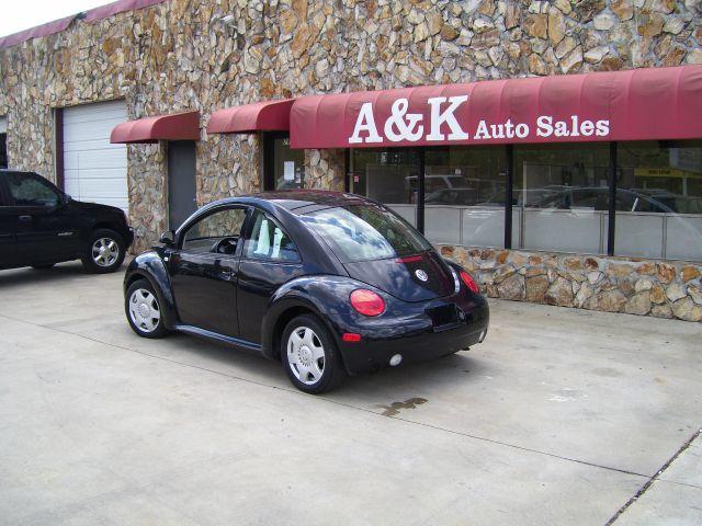 2009 Volkswagen New Beetle XR