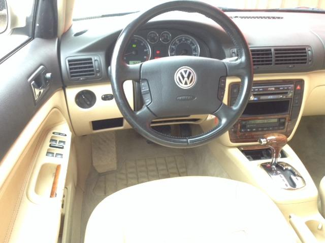2002 Volkswagen Passat SE Crew Cab 4WD FFV