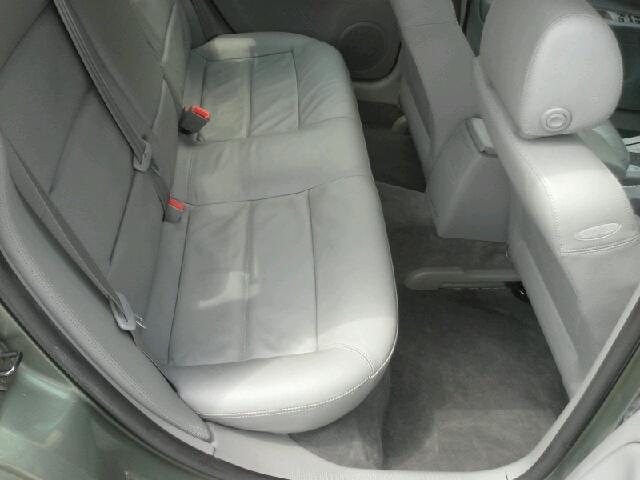 2003 Volkswagen Passat FWD 4dr Sport