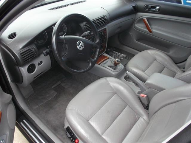 2003 Volkswagen Passat Reg Cab Flareside 120 Lightning