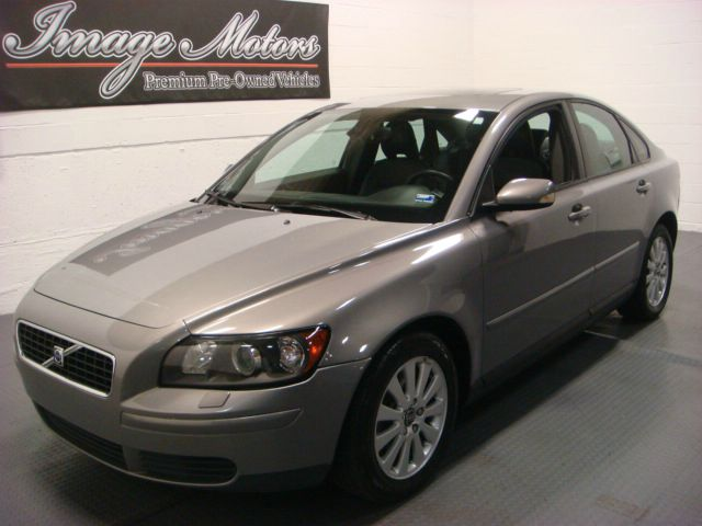 2004 Volvo S40 4dr 2.9L Twin Turbo AWD SUV