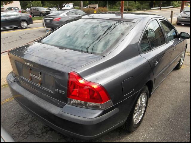 2003 Volvo S60 4WD 4dr Sport