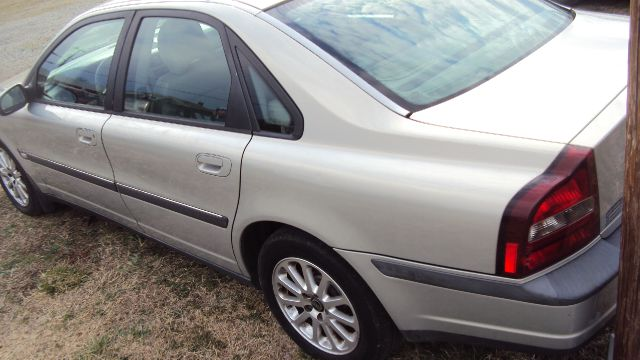 2000 Volvo S80 4X4 - ONE Owner
