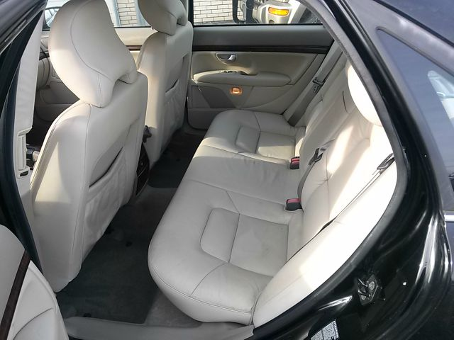 2004 Volvo S80 4X4 - ONE Owner