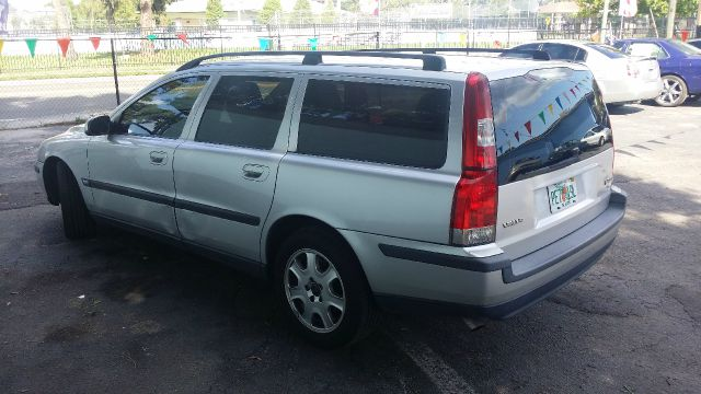 2001 Volvo V70 Sport Hard Top