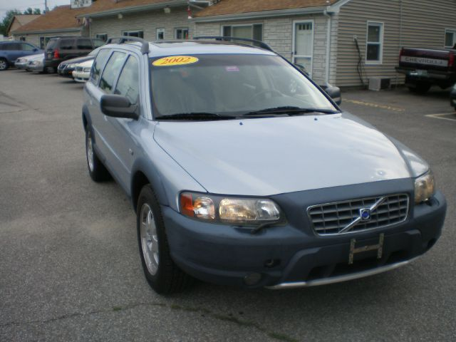 Volvo Dealers Nh >> 2002 Volvo V70 XC EX - DUAL Power Doors Details. Kingston, NH 03848