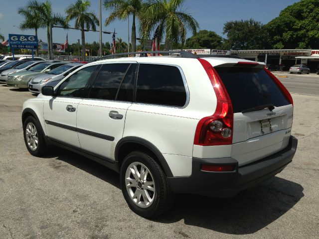 2004 Volvo XC90 4WD 4dr Sport