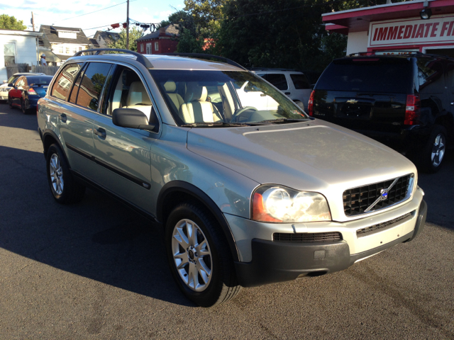 2004 Volvo XC90 3.0si Navigation Pano Htd Sts