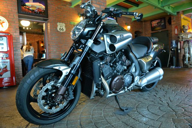 2011 YAMAHA V-Max Unknown