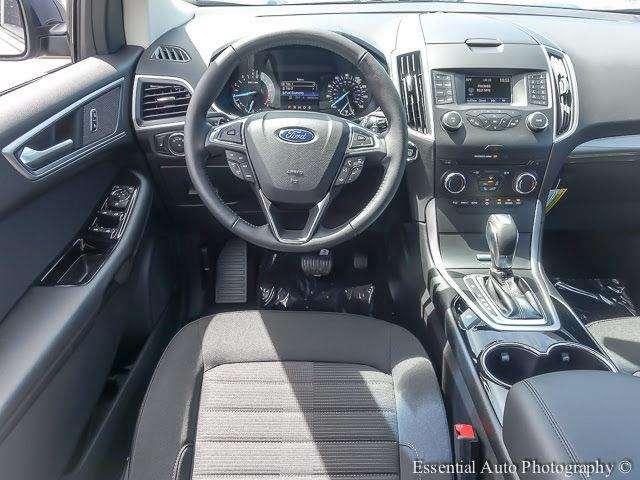 2017 Ford Edge SEL AWD 4dr SUV