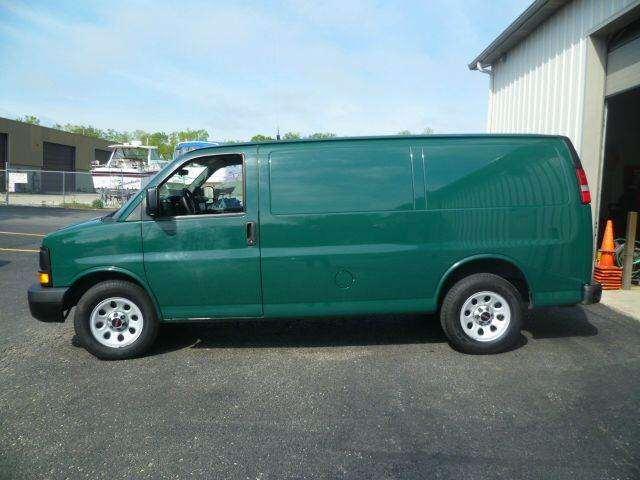 2012 GMC Savana Cargo 1500 3dr Cargo Van