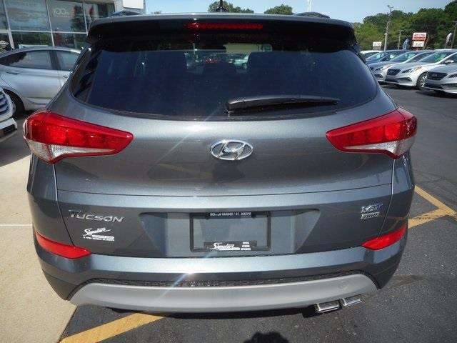 2017 Hyundai Tucson AWD Night 4dr SUV