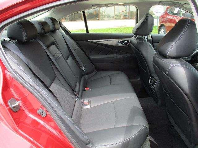 2015 Infiniti Q50 Hybrid 4dr Sedan Hybrid Premium AWD