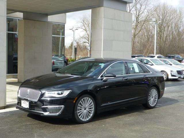 2017 Lincoln MKZ Reserve 4dr Sedan