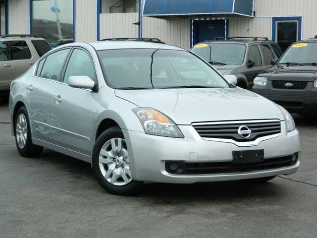 2009 Nissan Altima 2.5 4dr Sedan